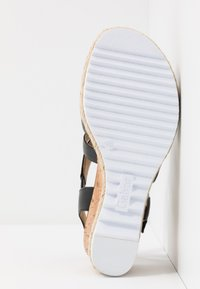 Gabor Comfort - Platform sandals - schwarz - 6