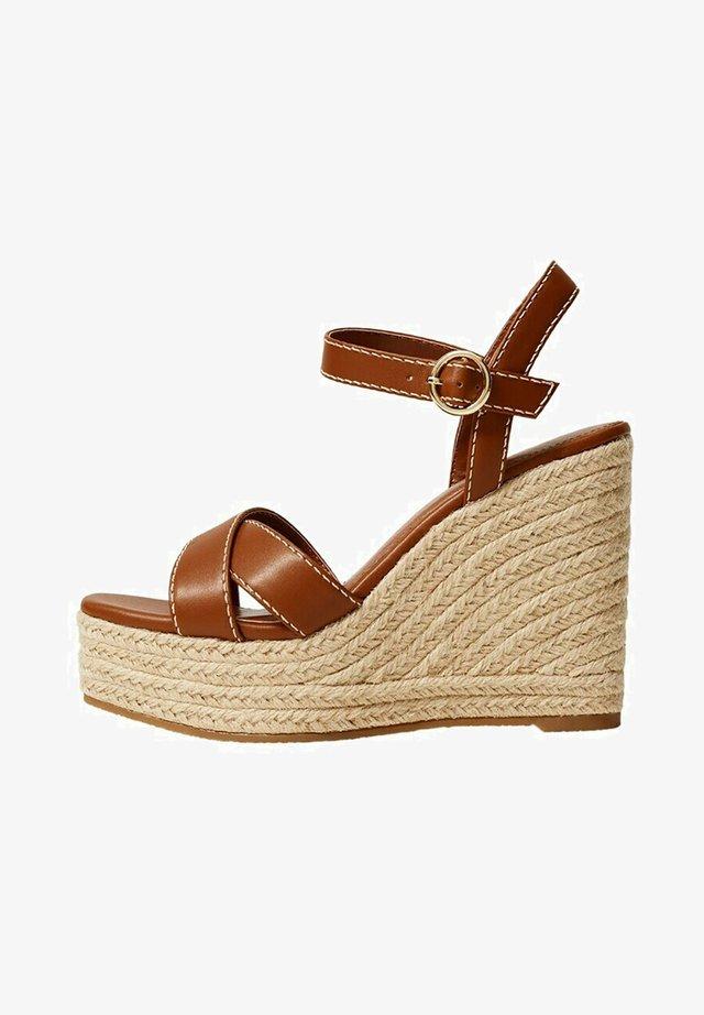 Sandales compensées - middenbruin