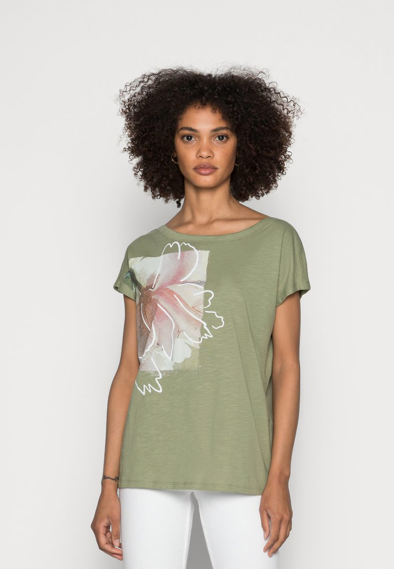 Esprit - BOAT NECK - Print T-shirt - light khaki