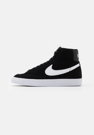 BLAZER MID '77 UNISEX - Höga sneakers - black/white/total orange