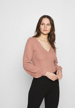 COZY TIE FRONT BODYSUIT - Pullover - dark pink