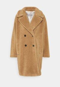 PERAK - Zimní kabát - cammello