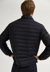 Massimo Dutti - Light jacket - blue-black denim - 2