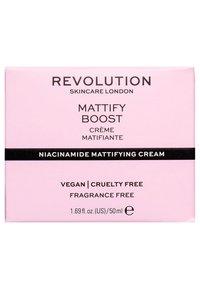 Revolution Skincare - MATTIFY BOOST - Crema da giorno - - - 2