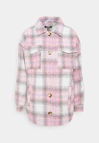 Missguided Petite - OVERSIZED CHECK SHACKET - Short coat - pink - 0