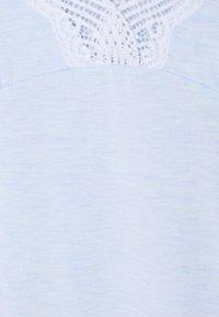 DORINA CURVES - FROST - Pyjama - blue - 6