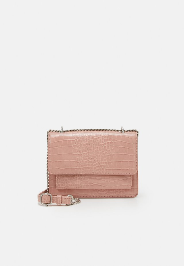 PCJULIAN CROSS BODY KEY - Bandolera - prism pink