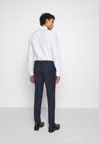 HUGO - HESTEN - Pantaloni eleganti - dark blue - 2