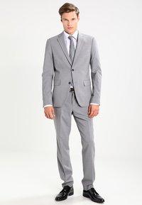 OLYMP Luxor - NEW KENT - Kostymskjorta - weiß - 1