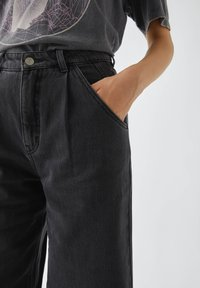PULL&BEAR - Jeans Relaxed Fit - black - 3