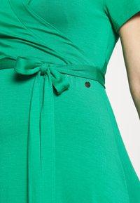 LOVE2WAIT - LONG DRESS NURSING - Maxi šaty - green - 5