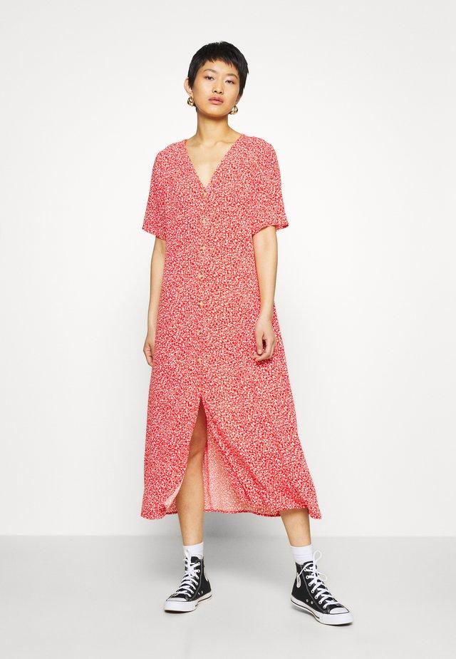 SILENA DRESS - Shirt dress - red