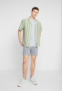 REVOLUTION - STRIPE - Shirt - green - 1