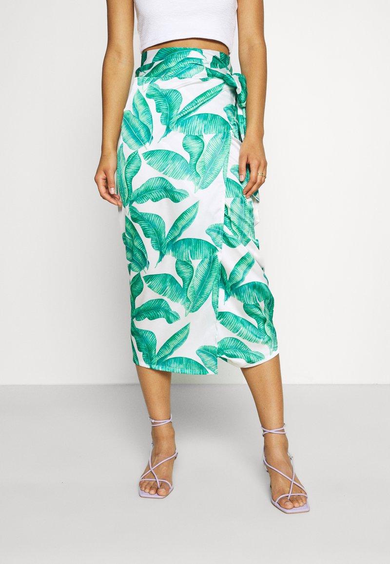 Never Fully Dressed - MULTI USE BANANA LEAF JASPRE - Pencil skirt - green