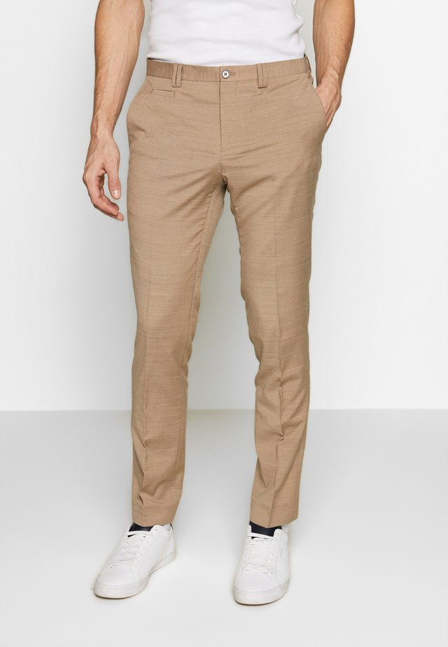 OSTFOLD TROUSER - Kangashousut - brown