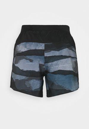 SHORT - Korte broeken - black