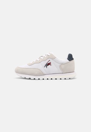CASUAL RUNNER - Zapatillas - red/white/blue