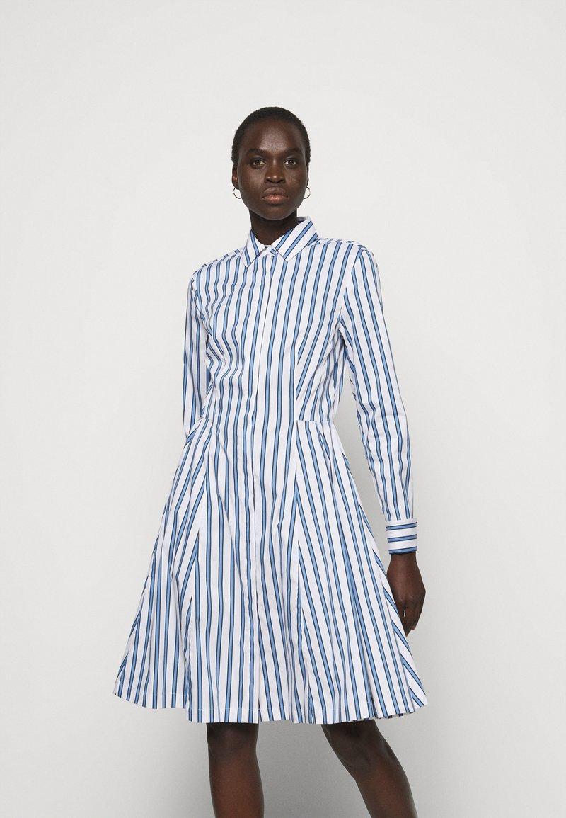 Steffen Schraut - SUMMER DRESS - Shirt dress - white/blue