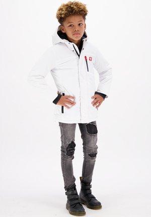 TASINO WATERPROOF LONGER LENGTH - Winter coat - real white