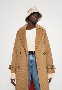 WEEKEND MaxMara - GORDON - Classic coat - caramel - 3