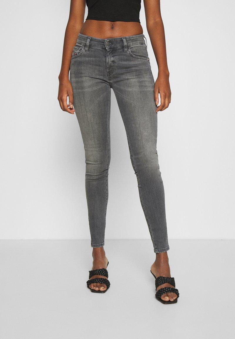 Diesel - SLANDY-LOW-ZIP - Jeans Skinny Fit - grey