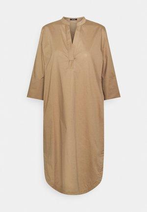 WANDRO - Day dress - pecan