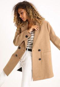 Short coat - orangebraun