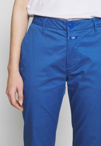 CLOSED - JACK - Chinos - bluebird - 5