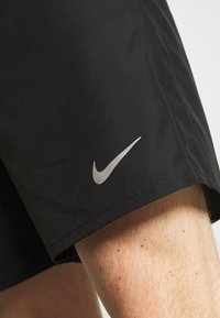 Nike Performance - RUN SHORT - Pantalón corto de deporte - black - 5