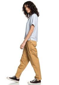 Quiksilver - Button-down blouse - zen blue linen stripe - 1