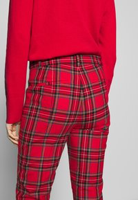 J.CREW - CAMERON IN GOOD TIDINGS - Pantaloni - red/black/multi - 3