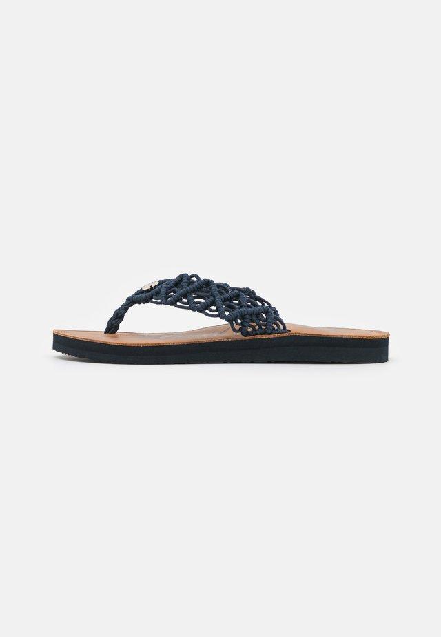 FOOTBED  - T-bar sandals - desert sky