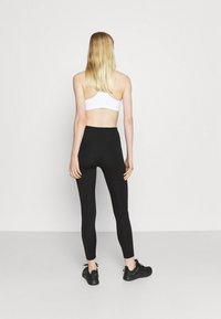 Nike Performance - NIKE ONE 7/8 - Collants - black/white - 2