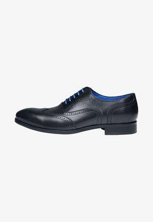 NO. 5618 BL - Smart lace-ups - black