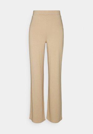 SOFT STRAIGHT PANTS - Pantalon classique - beige