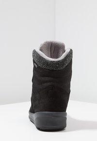 Lowa - KAZAN II GTX MID - Winter boots - schwarz - 3