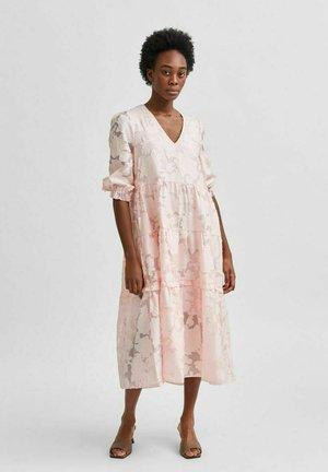 SLFSADIE MIDI DRESS - Day dress - blushing bride