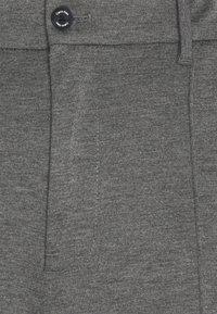 Calvin Klein Tailored - REGULAR FIT PUNTO MILANO - Kraťasy - dark grey heather - 2