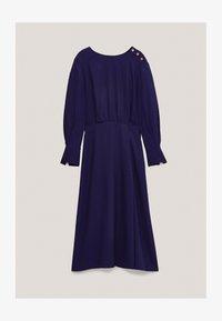 Massimo Dutti - MIT ZIERKNÖPFEN  - Jumper dress - dark purple - 3