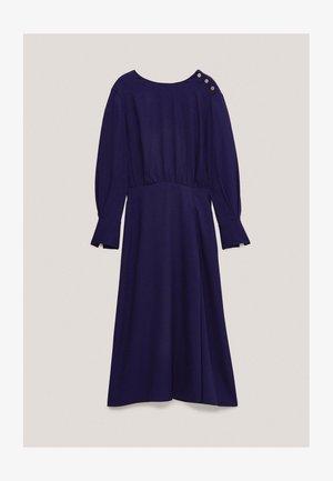 MIT ZIERKNÖPFEN  - Jumper dress - dark purple
