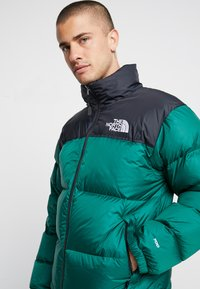 The North Face - UNISEX - Down jacket - night green - 5