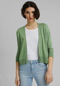 Esprit - CARDIGAN - Cardigan - leaf green - 0