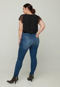 Zizzi - AMY  - Slim fit jeans - blue - 1