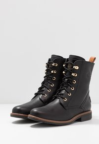 Panama Jack - GATHA IGLOO TRAVELLING - Lace-up ankle boots - black - 4