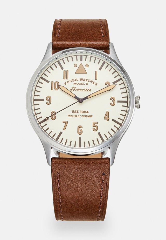 Horloge - brown