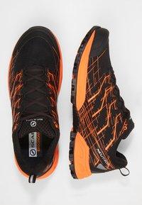 Scarpa - NEUTRON 2 - Trail running shoes - black/orange - 1