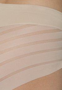 DIM - Shapewear - peau - 2