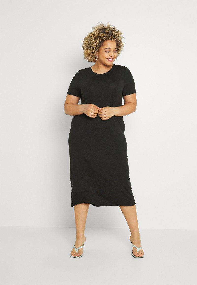 Vero Moda Curve - VMGAVA DRESS CURVE - Jersey dress - black