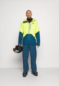 Patagonia - POWDER BOWL PANTS - Snow pants - crater blue - 1