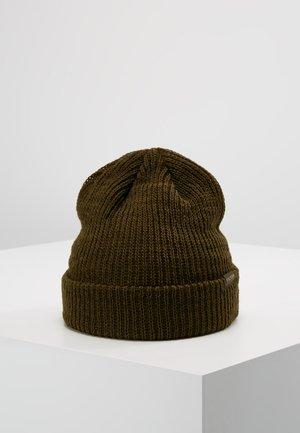 WATCH - Čepice - otter green